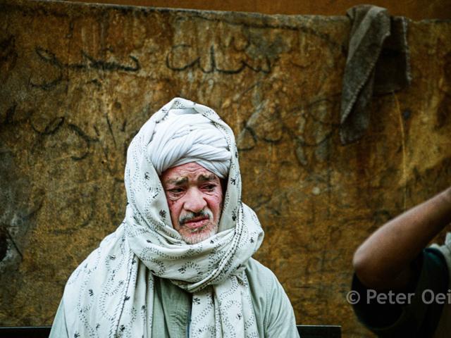 egypt - 2005_man at market