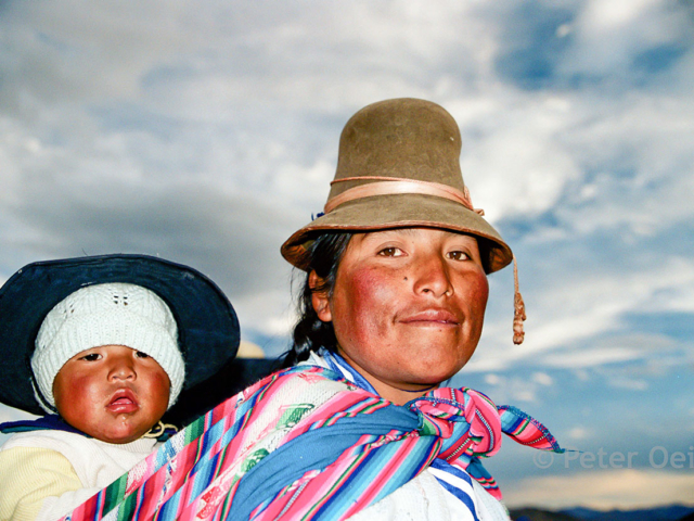 peru - 2002_woman carrying child