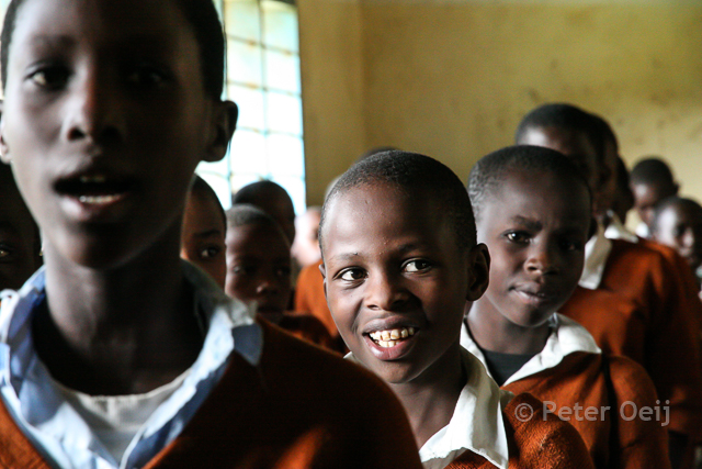 tanzania - 2012_school boys class